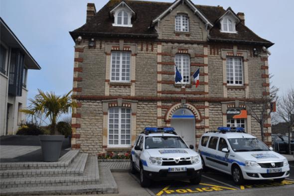 La police municipale à Saint Aubin d'Arquenay